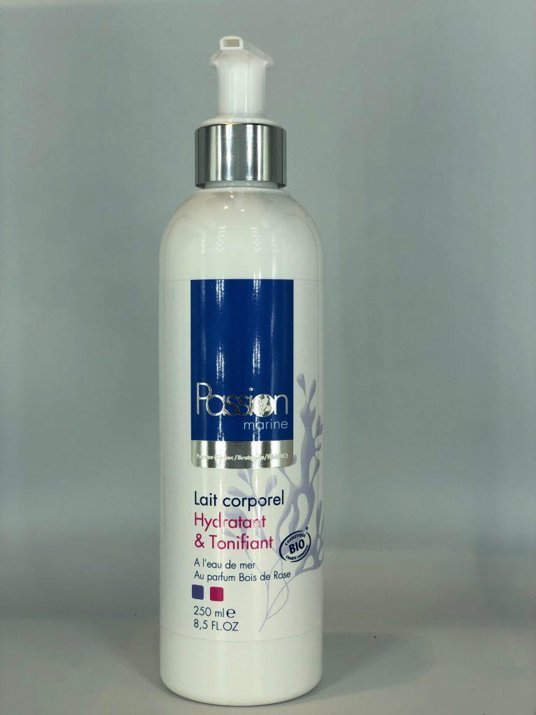 LAIT CORPOREL HYDRATANT ET TONIFIANT- Nouvelle formule – À L'EAU DE MERAU PARFUM BOIS DE ROSE (250ml)